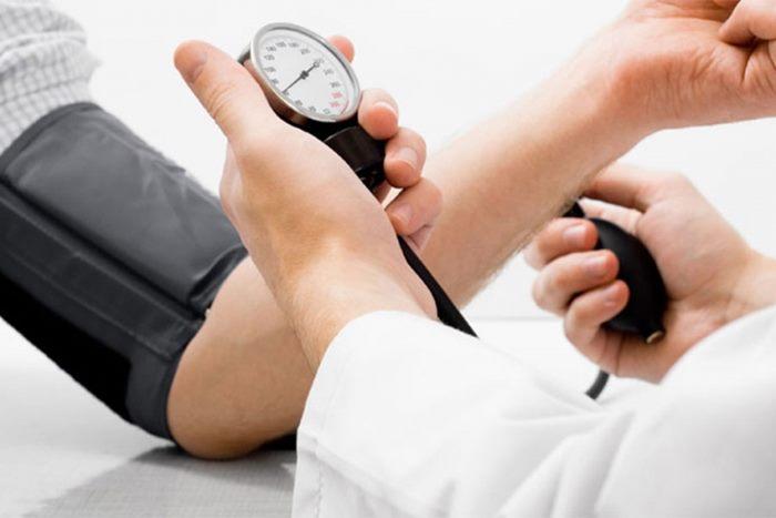 Mjesto liječenja hipertenzije - Komplikacije -